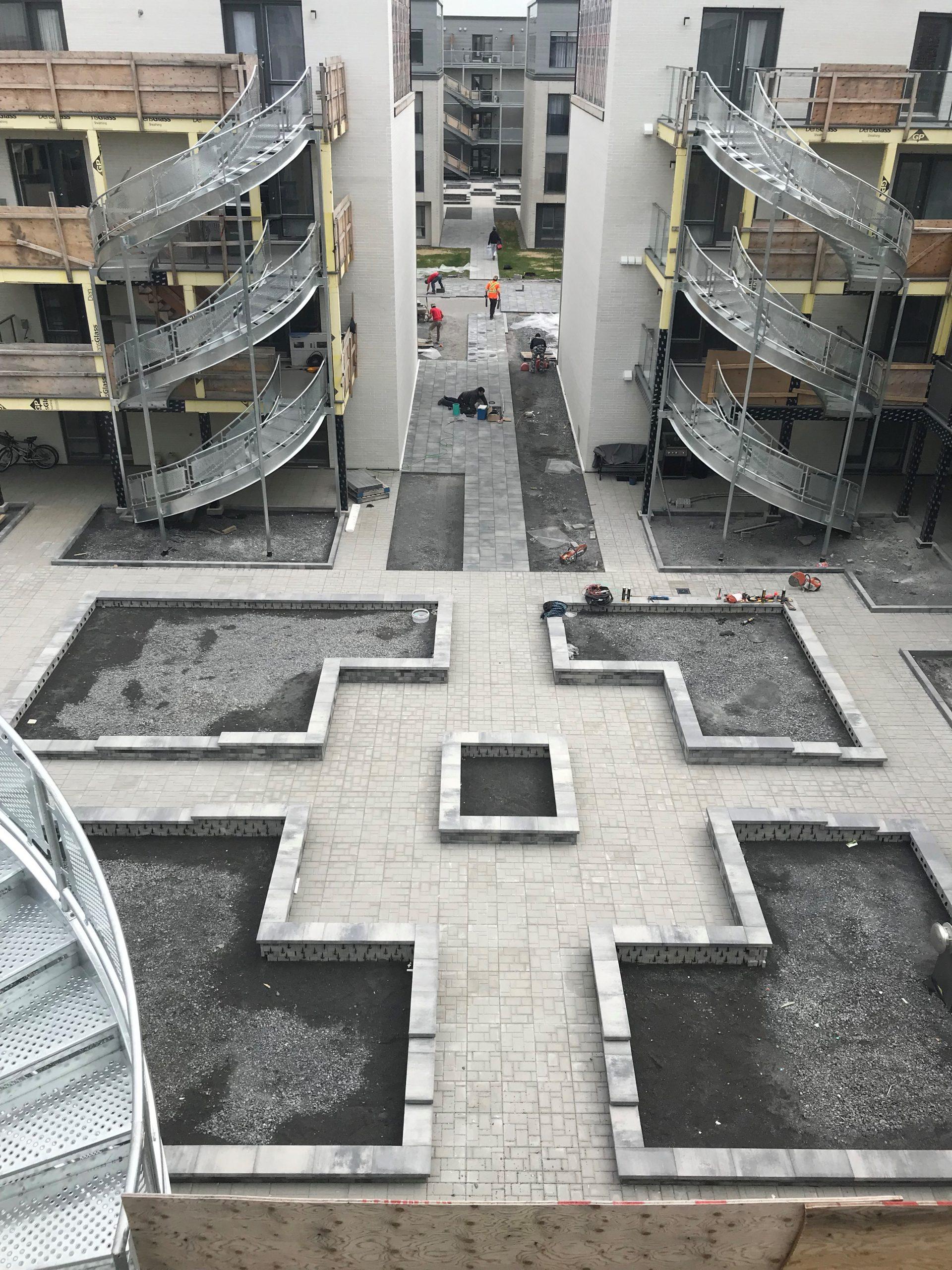 Pavé & paysagiste Boisbriand - Résidentiel - Aménagement paysager - Cour - Laurentides