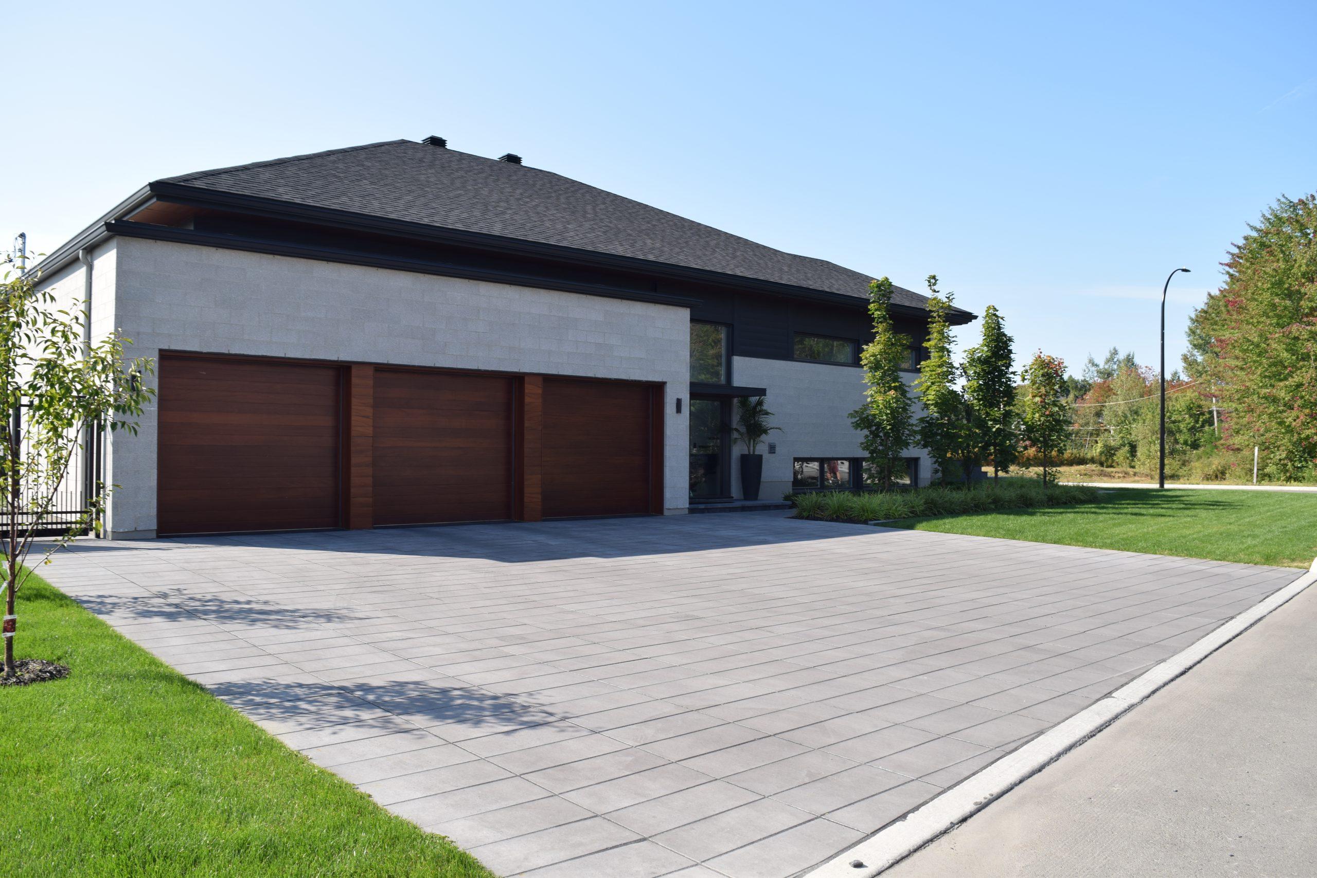 Pavé & paysagiste Boisbriand - Résidentiel - Commercial - Aménagement paysager - Stationnement pavé